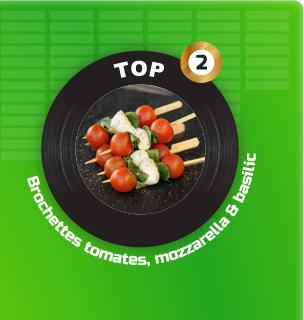 Brochette de tomates cerises, mozzarella, basilic