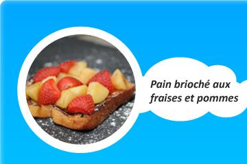 Pain brioché aux fraises et aux pommes